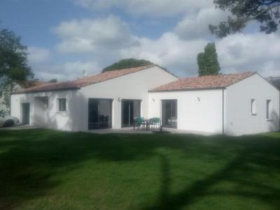 Photo for Villa Les Mathes, 3 bedrooms, 6 persons