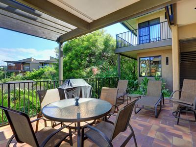 Photo for Beautiful Ground Floor 1 Bed/2 bath - Wailea Elua #807