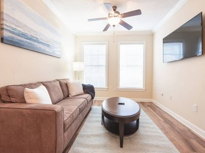 Photo for Near Perimeter Center | King Bed | Fast Wifi