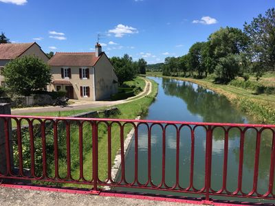 Photo for Charming house on the canal du nivernais