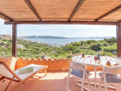 Photo for Holiday Apartment with Terrace and Sea View; Parking Available; Pets Allowed