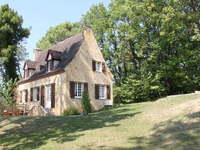 Photo for Charming house with pool in the heart of Black Perigord (classified 4 stars)
