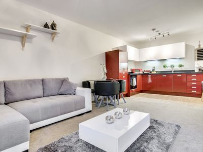 Photo for Free Parking Two Bedroom Apartment