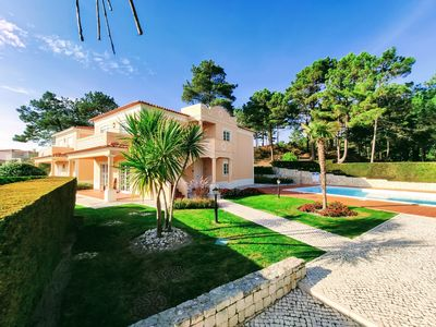 Photo for Perfect for families! Stunning 3 bedrooms + garden + pool in Praia d'el Rey.