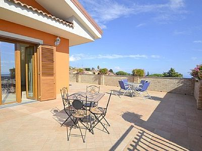 Photo for Appartamento Ribes D: A graceful apartment, with Free WI-FI.