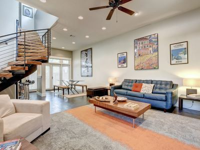 Photo for Bright & Modern 2BR/2BA Austin Rental
