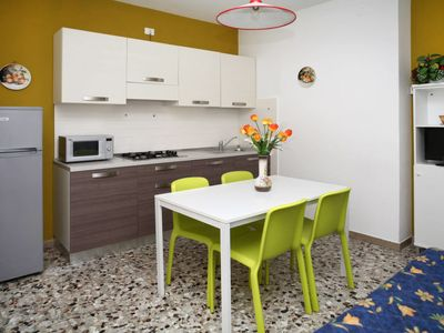 Photo for Apartment Villa Morello (LIG490) in Lignano Sabbiadoro - 6 persons, 2 bedrooms