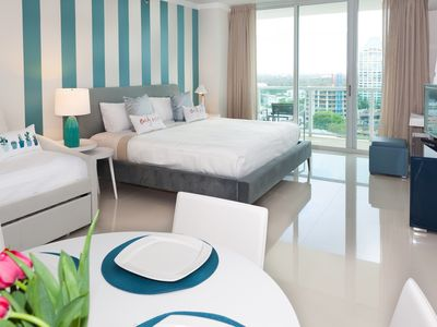 Sea View, Family Studio for Four, Coconut Grove. FREE: Parking, Pool, Gym, Wi-Fi