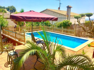 Photo for PRIVATE HOUSE 2km 600m garden beach and barbecue