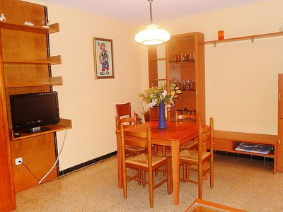 Photo for Apartment Gaudí in Roses - 5 persons, 2 bedrooms