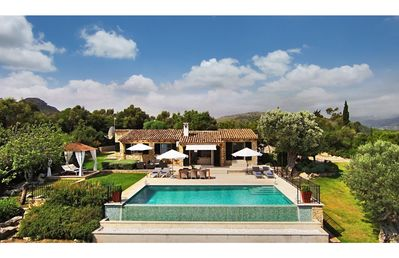 Photo for Luxury Villa With Infinity Pool And Stunning Views Over Pollenca Bay