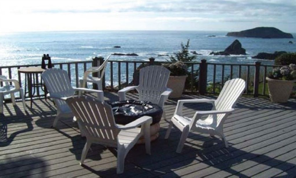 Cypress sea house brookings ocean front vacation home for Cabin rentals brookings oregon