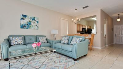 Photo for Beautiful Newly Decorated 4 Bedroom Regal Oaks Vacation Villa