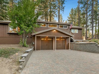 Photo for Roomy Alpine Haven: Upscale Fixtures, Sauna, Hot Tub & Firepit!