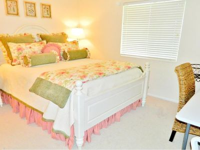 Photo for Experience Naples living in this adorable 1 bed 1 bath condo