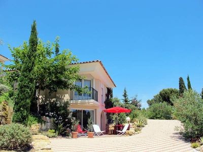 Photo for Vacation home in Saint Aygulf, Côte d'Azur - 6 persons, 2 bedrooms