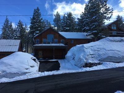 Photo for Luxurious & Cosy Mountain Home with Hot Tub And Sauna! Perfect for families!