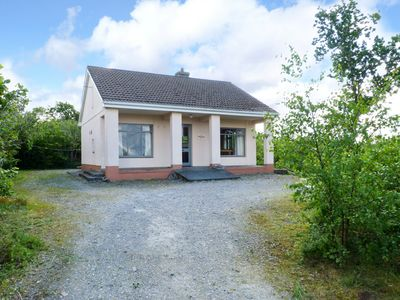 Photo for Detached Bungalow for 4