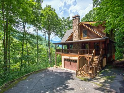 Photo for 4 Bedroom, 3 Bath in Gated Smoky Mtn. Retreat Community