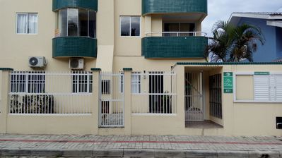 Photo for Apartment 2 qto with air cond to 200 mt beach of pumps