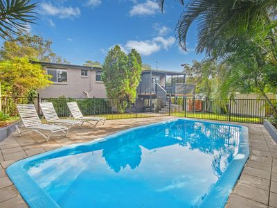 Photo for Bonny Beach House - Holiday accommodation with pool