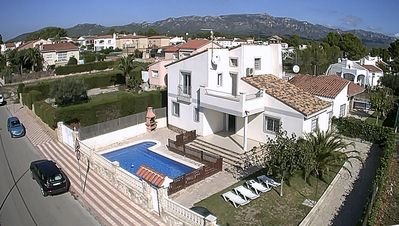 Photo for Spacious villa, with private gated swimming pool, air-conditioning & free WIFI