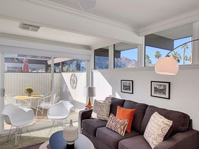 Photo for Great Rates! Modern and Bright - Iconic Condo - fabulous pool