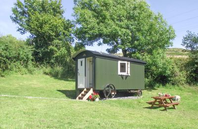 Photo for Cosy Shepherd's Hut for two with log burner - Pet-friendly.
