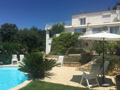 Photo for Hillside villa on coast between Cannes & St Tropez, 5-Star Guest Rating