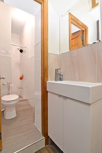 Photo for Great 1 bedroom in the heart of LES