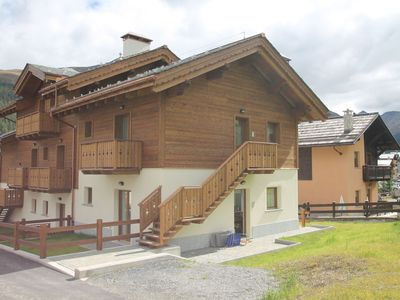 Photo for Apartment is just 400 m from ski lift number 20, which can be reached by ski
