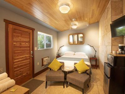 Photo for BAMBOO ROOM: 1 bed/1ba
