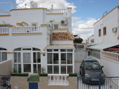 Photo for Clean, well equipped holiday home with panoramic views, pool and WIFI