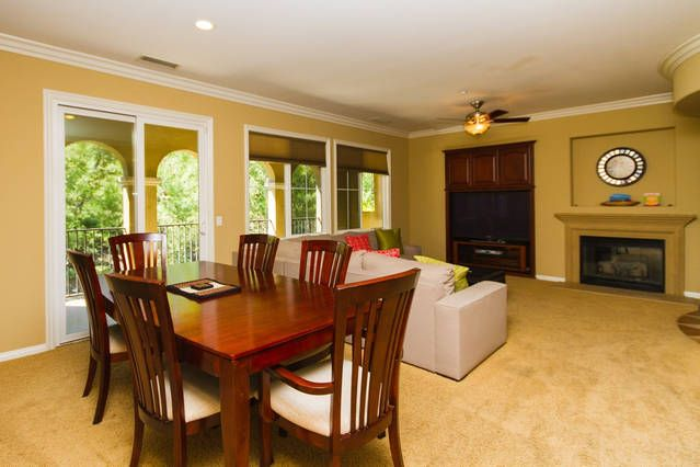 Tranquil Br Ba Family Friendly Town Home VRBO - Open table oc
