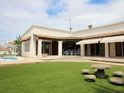Photo for Modern villa with 3 bedrooms and a private swimming pool in Empuriabrava