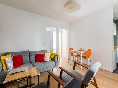 Photo for Cosy in Belleville - Near Canal Saint-Martin