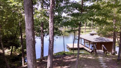 Photo for Quiet Cove, Deep Water Cove, WI-FI, Easy Access, Great Swimming & Fishing.