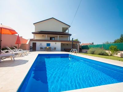 Photo for Holiday house Kanfanar for 6 persons with 3 bedrooms - Holiday house