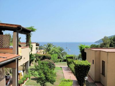 Photo for Apartment Residence Casa del Golfo (LAC100) in Lacona - 4 persons, 1 bedrooms