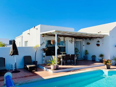 Photo for Superb villa, secluded, on one level, heated pool,free wi-fi,and full TV package