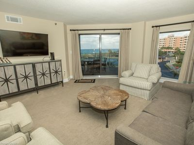 Photo for IR 211 is a beautifully updated 2 BR with Gulf Views and washer/dryer