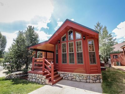 Photo for UPDATED INTERIOR! Gorgeous 1/1 with mountain style top of the line decor, cozy living area, beautiful fully furnished kitchen, and airy covered patio