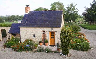Photo for Sweet cottage for couples only in heart of Normandy Beaches & National Park