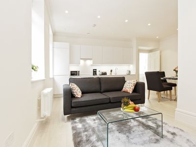 Photo for SPACIOUS 1BR IN THE HEART OF TEMPLE  - COVENT GARDEN AREA - LONDON CENTRE!