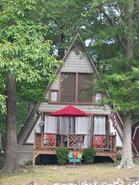 Final april special close by paris landing pet friendly for Heated gazebo