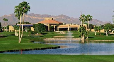 Photo for Beautiful golf course gated community with private putting green (pool/hot tub)!