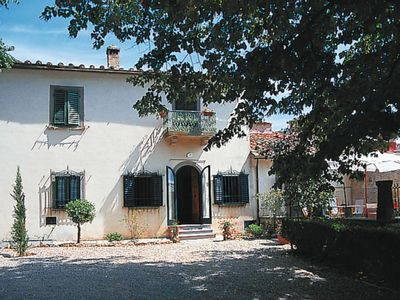 Photo for Apartment Borgo Montecastelli (CTC221) in Castellina in Chianti - 8 persons, 4 bedrooms