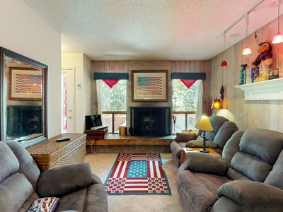 Photo for Dog-friendly, cozy condo close to Giant Steps Lift, perfect for a family!