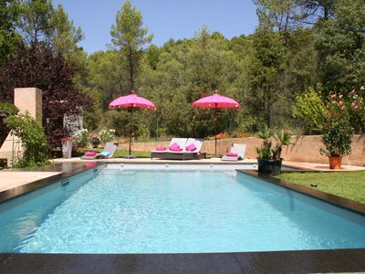 Photo for COTTAGE **** in Provencal Bastide in the woods with POOL