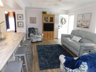 Photo for ALL NEW RENOVATIONS! 3bdrm/2 bath,  golf cart included
